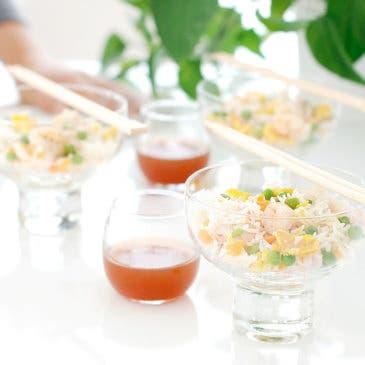 Arroz tres delicias con salsa agridulce