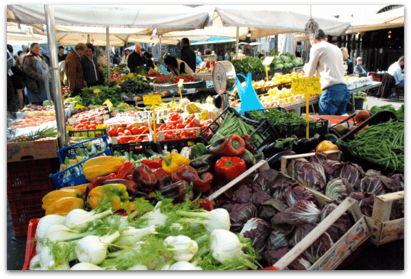 Campo de Fiori: puestos de verduras