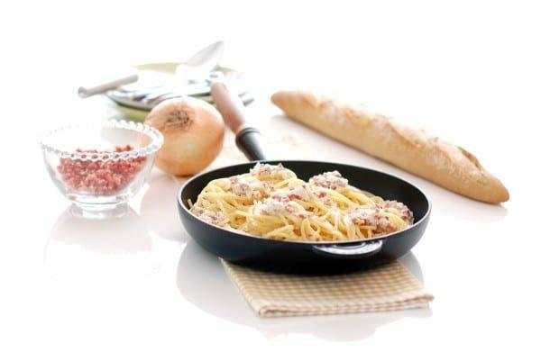 Espaguetis a la carbonara de nata