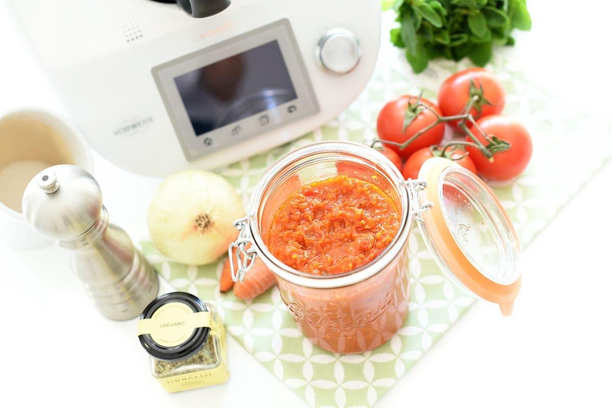 se puede comer tomate de noche