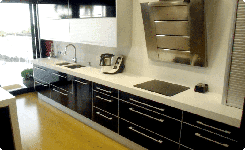 Muebles De Cocina Blancos Con Encimera Negra # azarak.com > Ideas ...