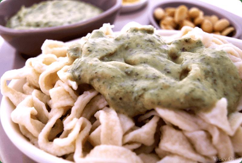 Tagliatelle con salsa pesto y salsa tres quesos - Como se hace la salsa pesto para pasta ...