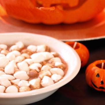 Sopa de huesos de Halloween
