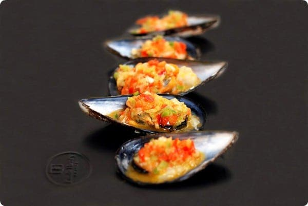 Mejillones al vapor con salsa vinagreta