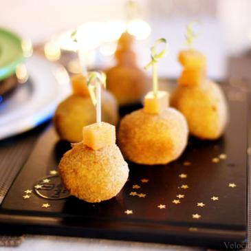 Croquetas de Cabrales con salsa de membrillo