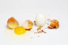Distingue fácilmente un huevo cocido de huevo duro sin romperlo