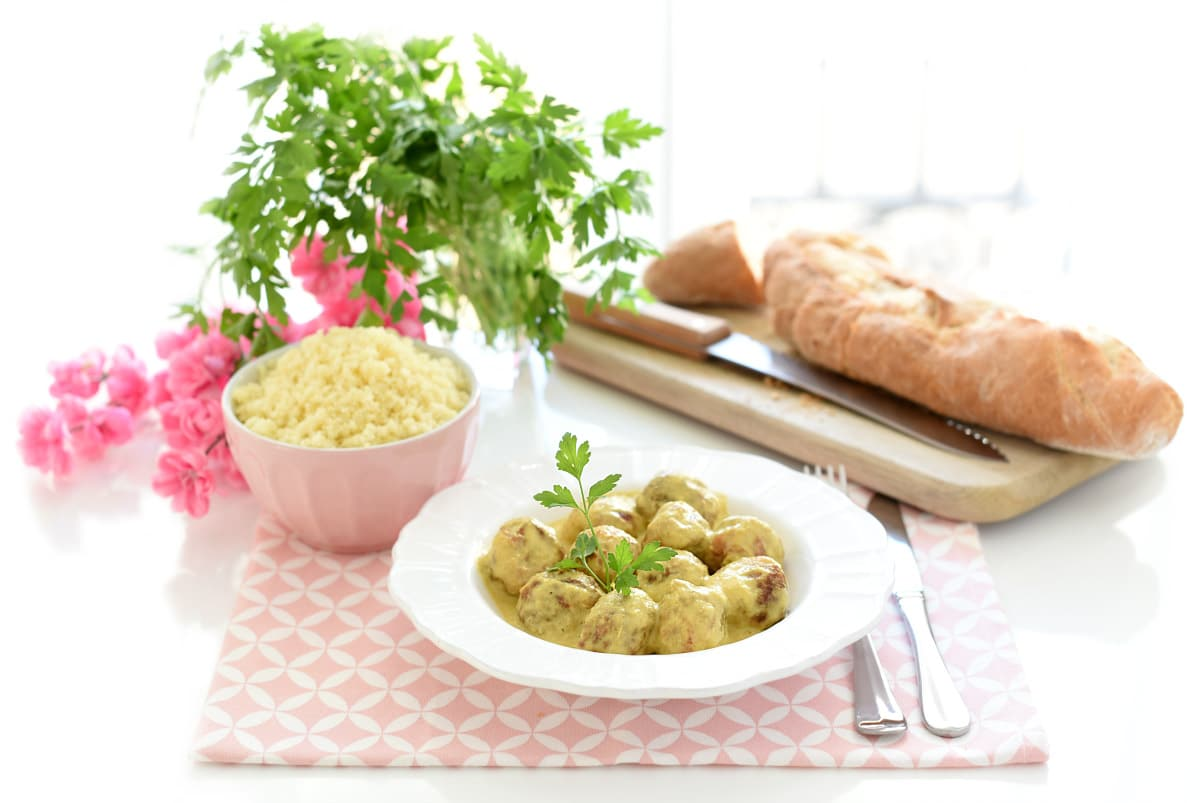 Albóndigas al curry con cucús en Thermomix®