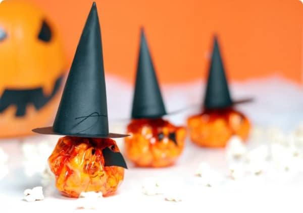 Bruja de Halloween de palomitas
