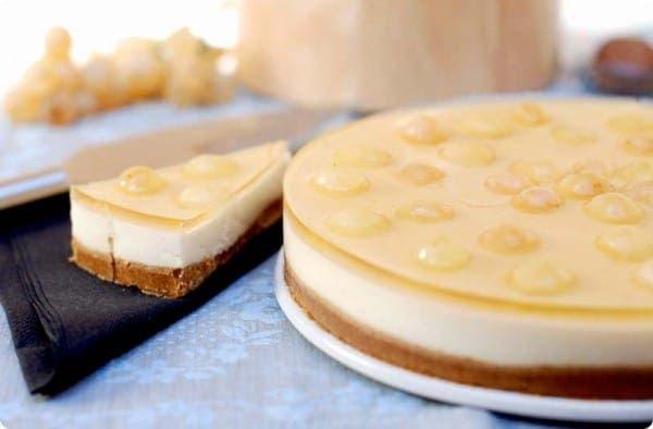Tarta de queso y uvas de la suerte