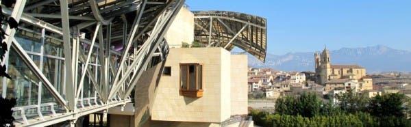 Vistas desde el hotel Marqués de Riscal a Elciego