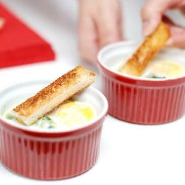 Huevos en Cocotte con espinacas