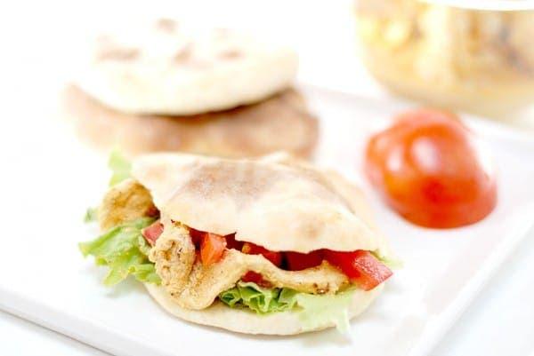 Kebab de pechugas de pollo macerado