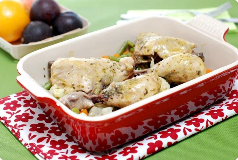 Pollo a las hierbas con verduras al varoma en Thermomix