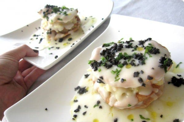 Milhojas de bacalao con crema de coliflor