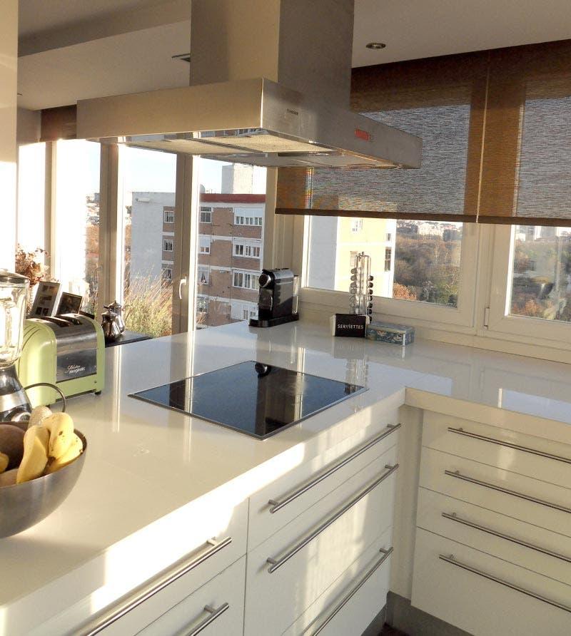 Nuestras cocinas aprovechando una terraza for Vistas de cocinas