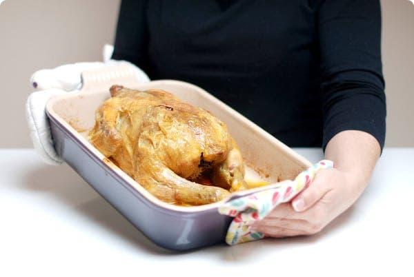 Pollo de corral aromatizado