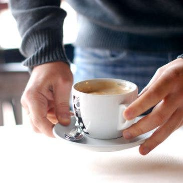 Un domingo, un café