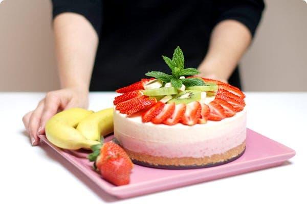 Tarta helada con frutas