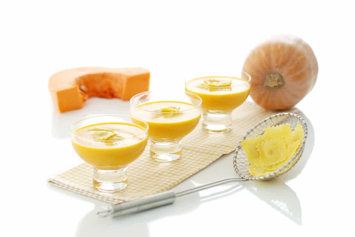 Crema de calabaza con rabiolis de queso