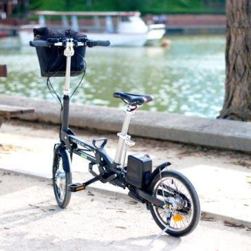 De paseo en bici eléctrica