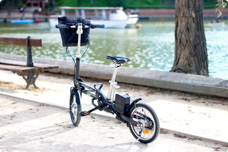 De paseo en bicicleta eléctrica