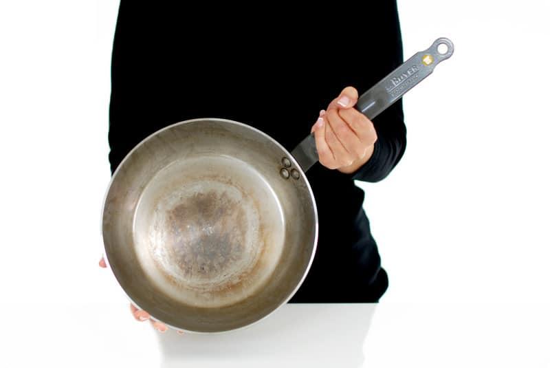 Qué sartén me compro: esta es una sartén de hierro mineral de Buyer®
