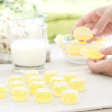 Gominolas caseras de fresa y limón