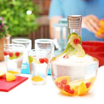 Agua de verano con frutas