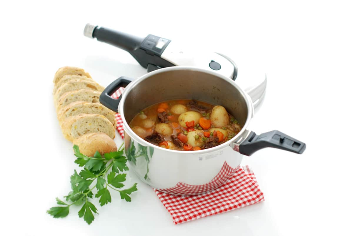 Guiso de ternera con patatas en olla r pida velocidad cuchara - Patatas en olla rapida ...
