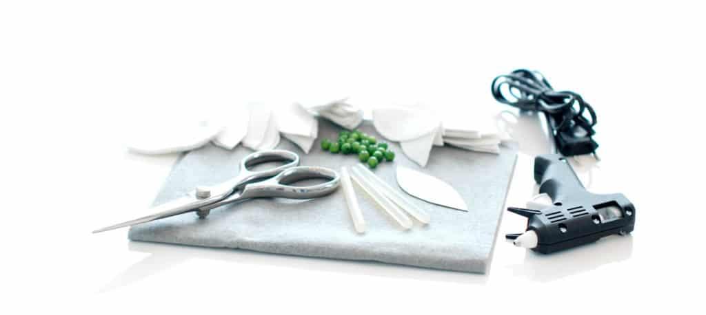 Útiles necesarios para tu alfombra de fieltro para el árbol de Navidad