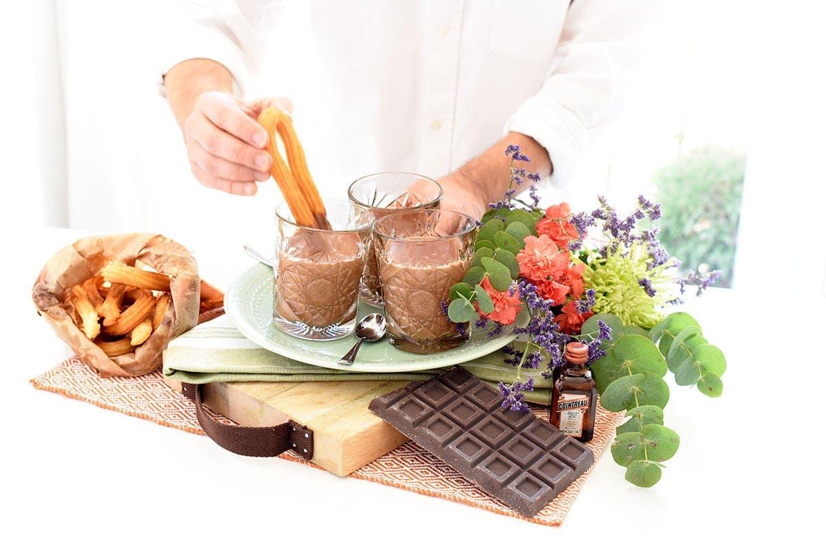 Chocolate a la taza con Cointreau