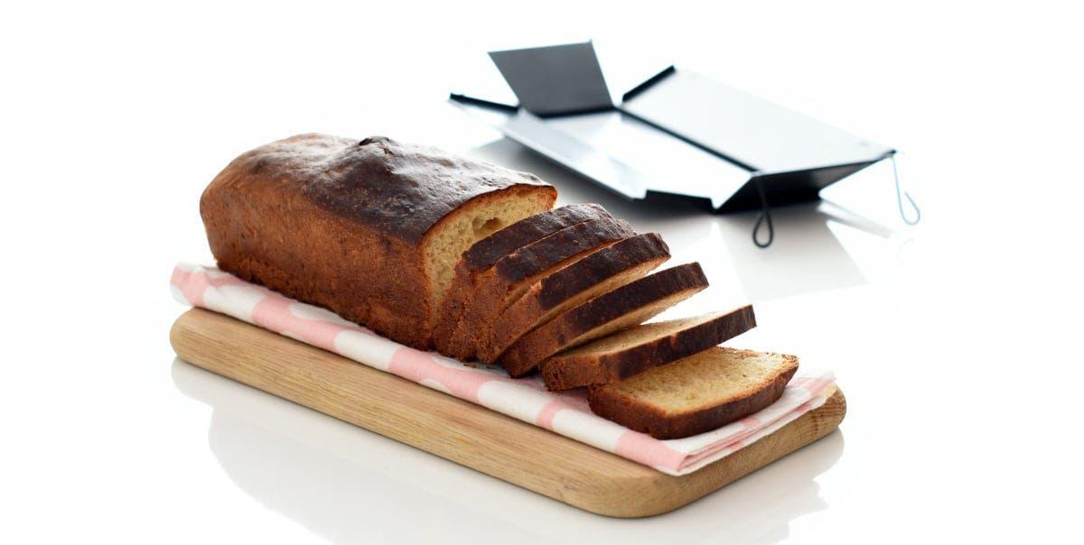 Prepara el pan en el horno y déjalo al aire de un día para otro.