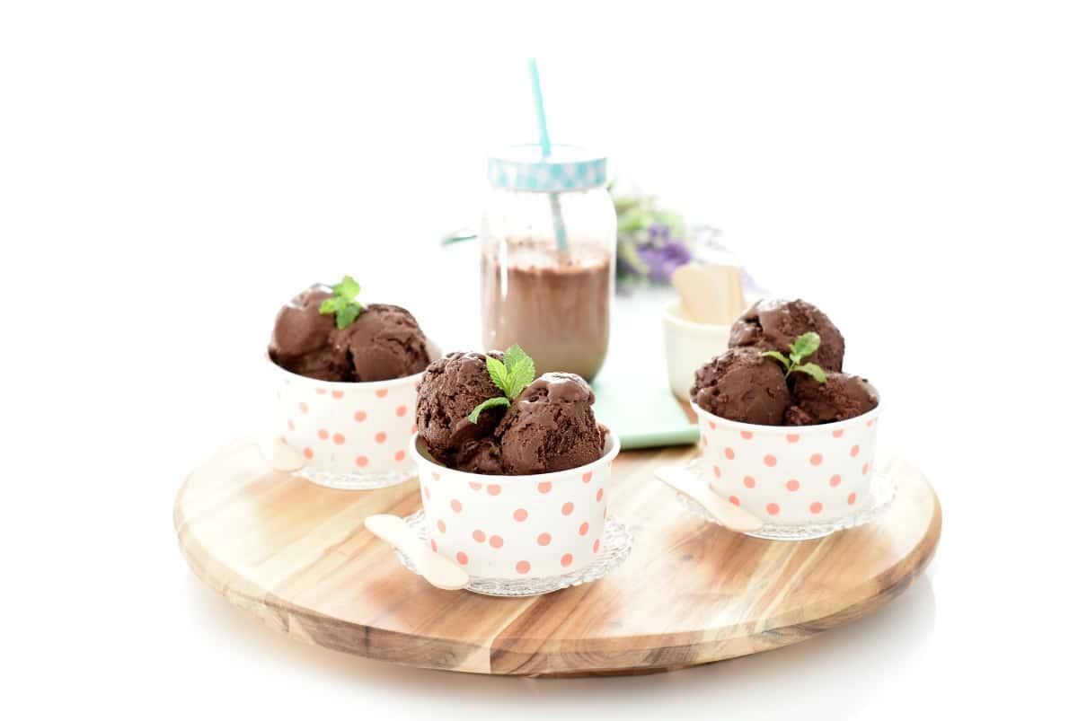 Helado de chocolate negro con Thermomix®