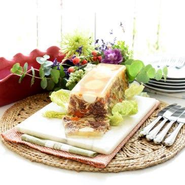 Áspic de carne con verduras