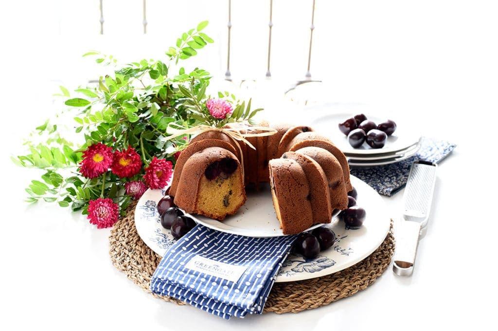 Bundt cake de picotas