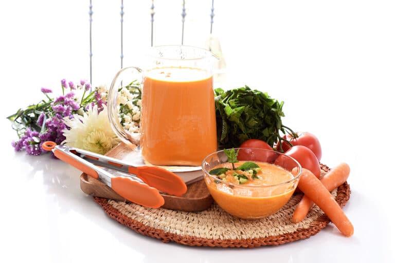 Gazpacho De Zanahoria Para El Verano Velocidad Cuchara Una excelente forma de tratar la gripe o el resfriado y aliviar la tos con flemas es preparar e ingerir un jarabe casero de zanahoria con miel y limón. gazpacho de zanahoria
